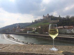 Festung mit Wein